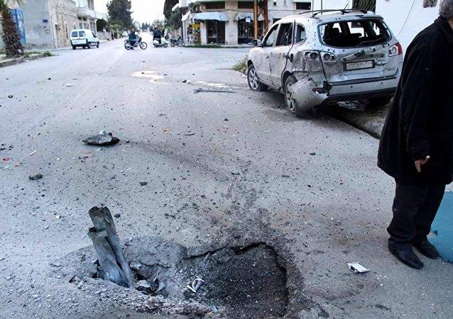 مقتل مدني وإصابة آخرين بصواريخ النصرة على (محردة والسقيلبية) شمال حماة