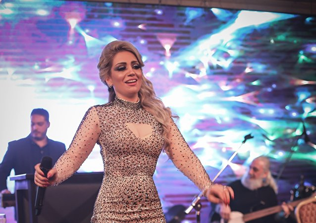 سفيرة السلام والنوايا الحسنة: طريقان أمام الفنان السوري إلى الشهرة..المال أو التنازلات الجسدية