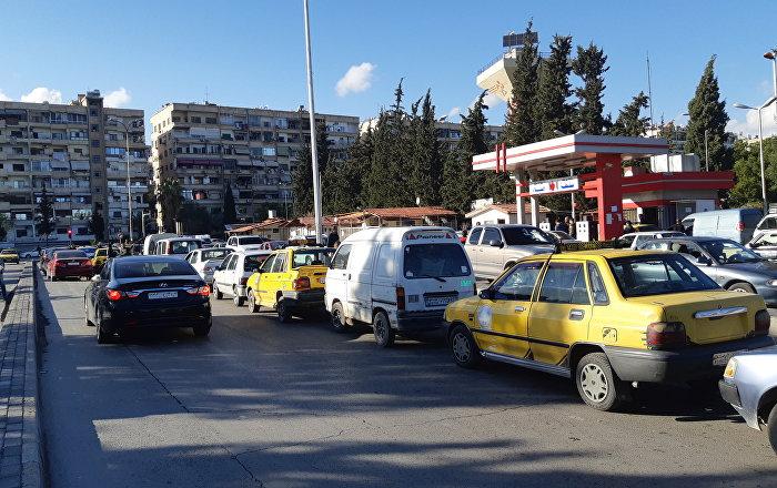 بعد انحسار الأزمة... الحكومة السورية تعدل أسعار البنزين والمدعوم بقي ثابتا