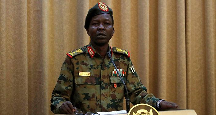 الناطق الرسمي باسم المجلس العسكري الانتقالي السوداني الفريق الركن شمس الدين كباشي