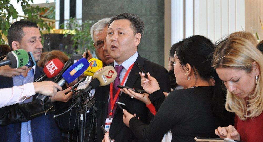 مدير القسم الآسيوي والأفريقي في وزارة الخارجية الكازخستانية، ايدربيك توماتوف،