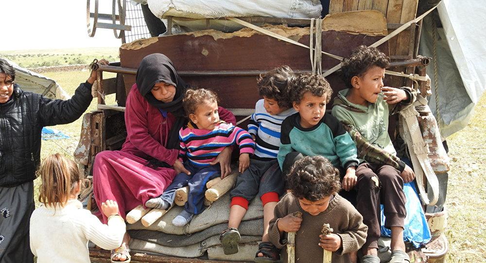 محررو مخيم الركبان يروون لسبوتنيك رحلة الإفلات من (أوشفيتز سوريا)