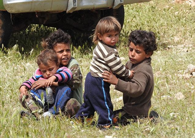 محررو مخيم الركبان يروون لسبوتنيك رحلة الإفلات من (أوشفيتز سوريا) Рукбан
