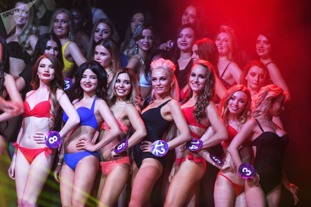 المشاركات في نهائي مسابقة الجمال Miss International Mini 2019 في موسكو