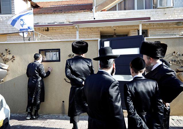 منزل إسرائيلي متضرر بعد إصابته بصاروخ أطلق من غزة