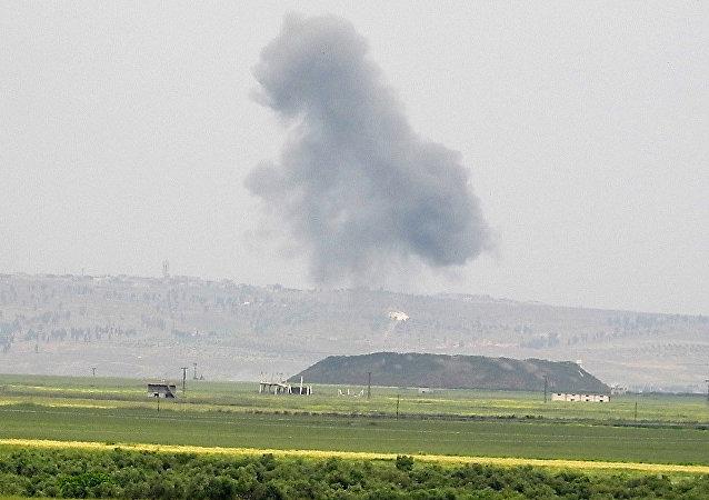 غارات الحربي السوري تدك مقرات النصرة شمال حماة