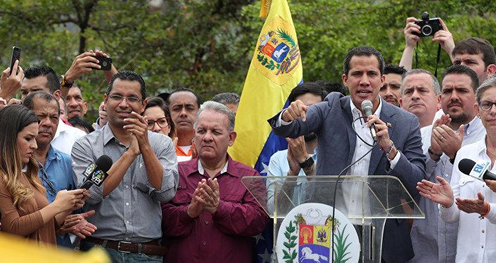 رئيس البرلمان الفنزويلي المعارض خوان غوايدو