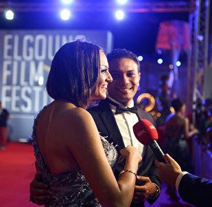آسر ياسين مع بشرى في مهرجان الجونة السينمائي