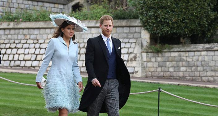 الأمير البريطاني هاري وليدي فريدريك وندسور يصلان لحضور حفل زفاف السيدة غابرييلا وندسور وتوماس كينغستون، في كنيسة القديس جورج، في قلعة وندسور، بالقرب من لندن، بريطانيا، 18 مايو/أيار 2019