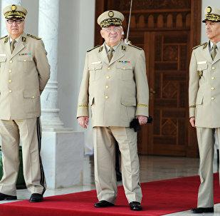 رئيس أركان الجيش الجزائري الفريق أحمد قايد صالح