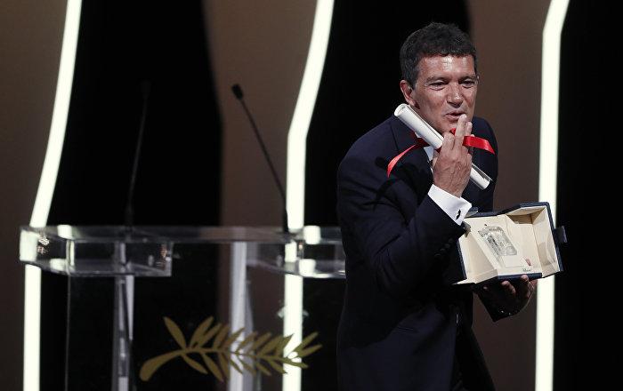 أنطونيو بانديراس أفضل ممثل... قائمة جوائز مهرجان