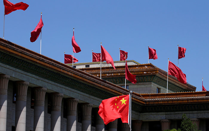 الصين تدعو لضبط النفس بعد الهجوم على ناقلتي نفط في خليج عمان