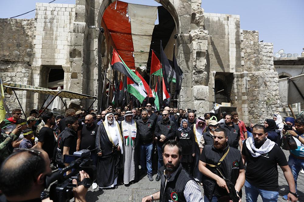 دمشق تحيي يوم القدس بمسيرات حاشدة