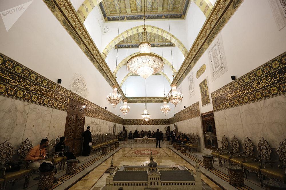 البطريرك إيريناوس بطريرك صربيا يزور الجامع الأموي في دمشق
