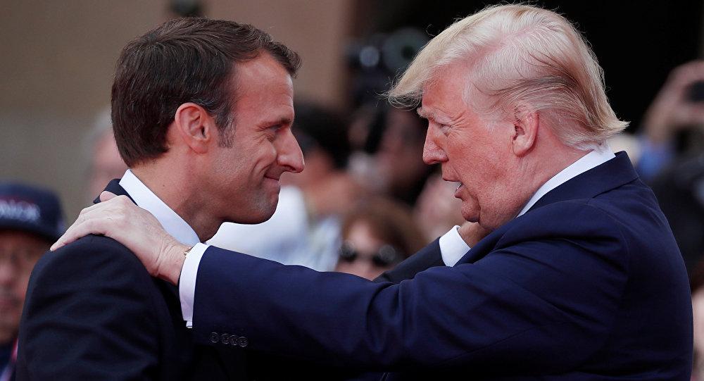 الرئيس الفرنسي إيمانويل ماكرون مع الرئيس الأمريكي دونالد ترامب