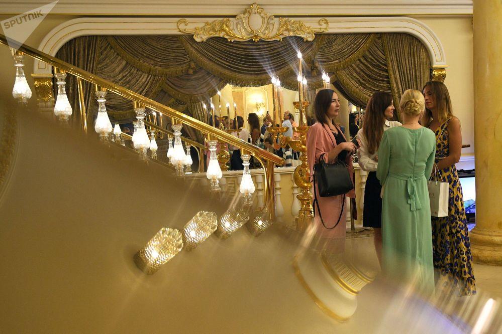 عرض أزياء أيام الموضة العربية (Al Arabia Fashion Days) في إطار أسبوع الأزياء العربية في موسكو