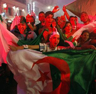 مشجعو منتخب الجزائر