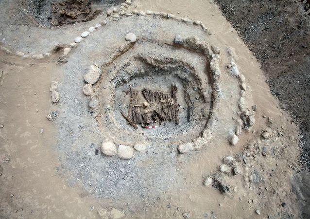 استخدام الحشيش القوي (القنب) في الجنازات في آسيا الوسطى قبل 2.500 عام