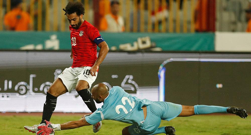 محمد صلاح خلال مباراة مصر وغينيا