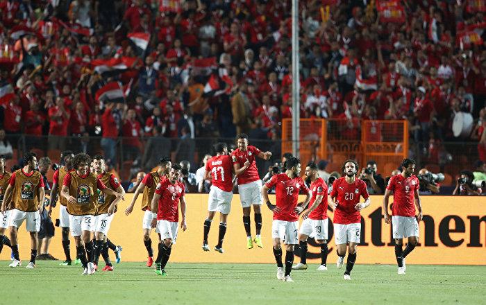 التركيز على الفوز وإغلاق ملف الانتقادات...لاعبو المنتخب المصري في جلسة مغلقة
