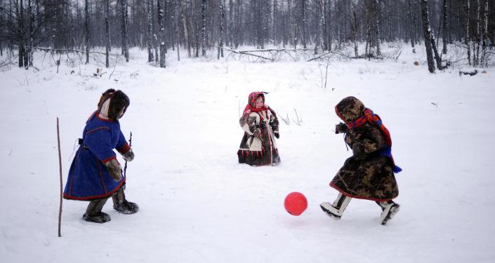 الصورة بعنوان كأس توندرا، فئة الرياضة، للمصور سيرغي غابونا من يبلاروسيا