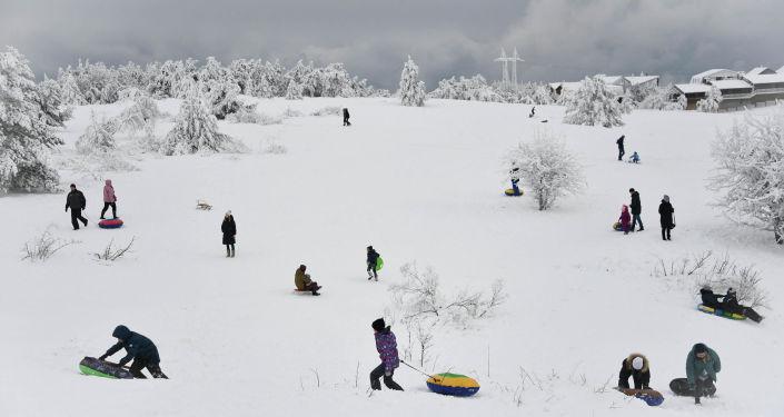 الصورة بعنوانعطلة شتوية، فئة كوكبي، للمصور أليكسي مالغافكو من روسيا