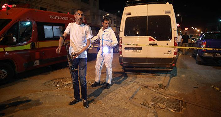 السلطات التونسية تطوق مكان تفجير رجل نفسه في منطقة منحلة في تونس