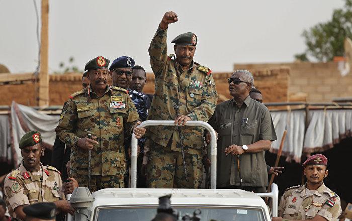 المجلس العسكري: رئيس وأعضاء المجلس السيادي السوداني يؤدون اليمين اليوم