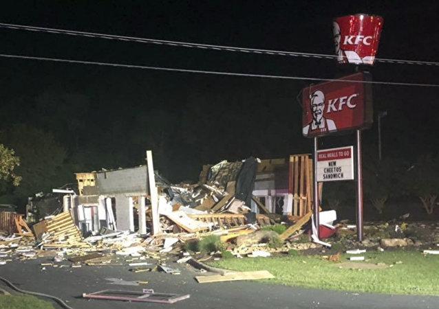 انفجار فرع مطعم كنتاكي في ولاية كارولاينا الشمالية في الولايات المتحدة، 11 يوليو/تموز 2019