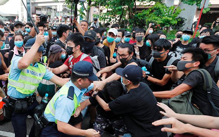 """تايوان تحث الصين على عدم دفع هونغ كونغ إلى """"اضطرابات أكبر"""""""