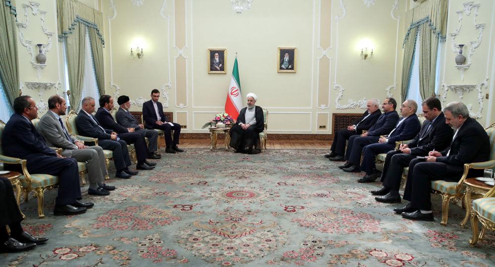 الرئيس الإيراني حسن روحاني يستقبل وزير خارجية سلطنة عمان يوسف بن علوي في طهران