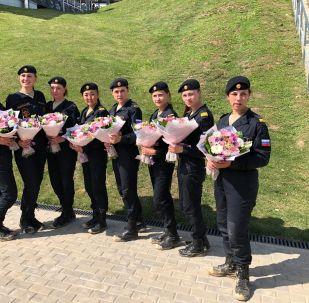 حسناوات روسيا يفتتحن بياتلون الدبابات في دورة الألعاب العسكرية