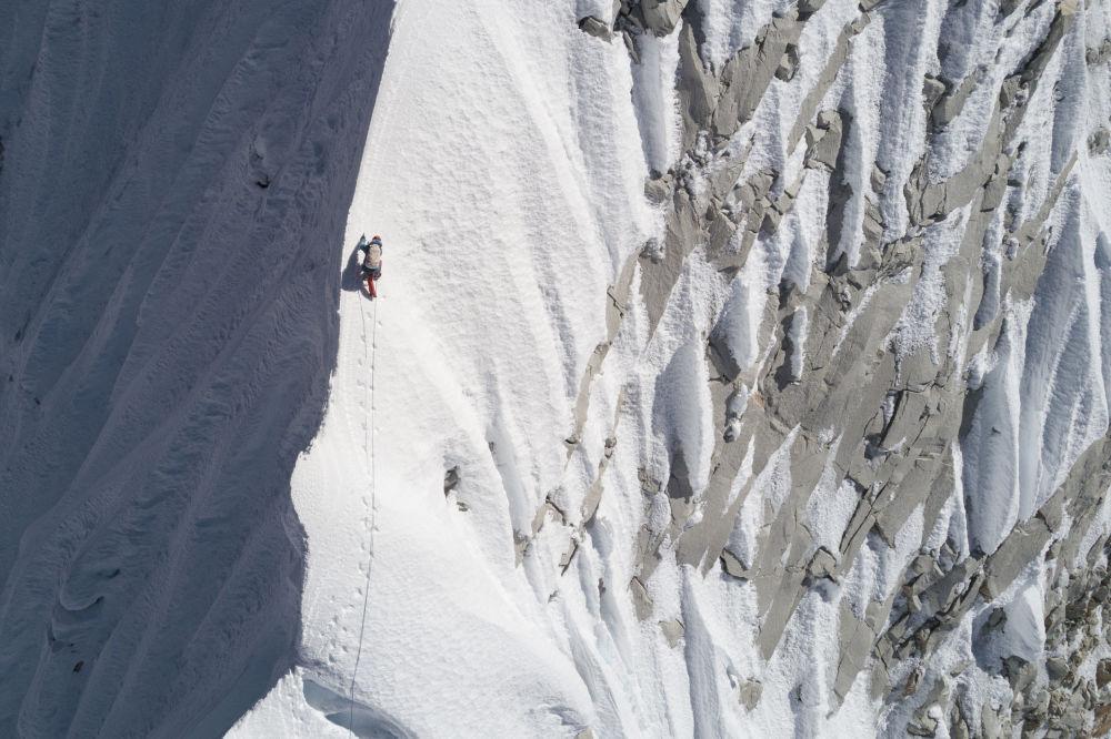 التسلق في الجبال في نيبال، 24 أكتوبر 2018
