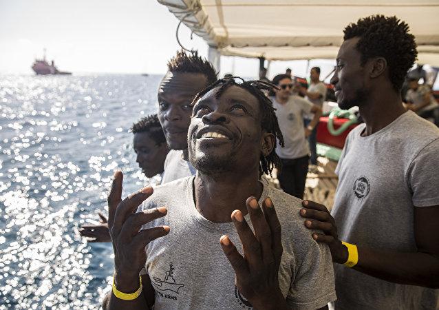 المهاجرون على سفينة أوبن آرمز