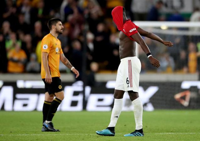 مباراة مانشستر يونايتد وولفرهامبتون (1-1) في الدوري الإنجليزي