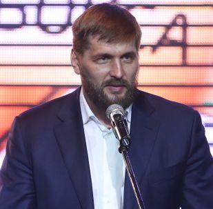 المقاتل فيتالي ميناكوف