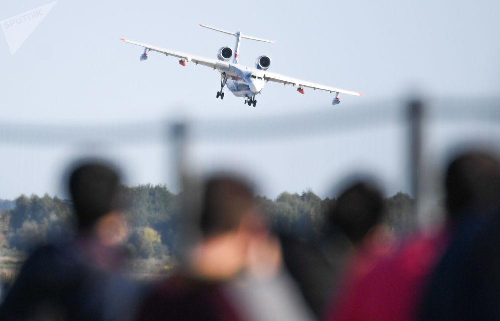 طائرة  (Beriev Be-200ES) في المعرض الدولي ماكس 2019 في مطار جوكوفسكي