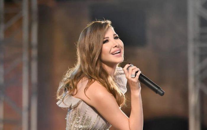 فنانة إسبانية شهيرة تبهر الجميع بأغنية لنانسي عجرم… فيديو