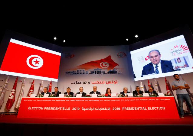 هيئة الانتخابات التونسية تعلن نتيجة الجولة الأولى