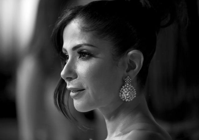 الفنانة المصرية منى زكي في حفل افتتاح الدورة الثالثة لمهرجان الجونة السينمائي، الجونة، الغردقة، 19 سبتمبر/أيلول 2019