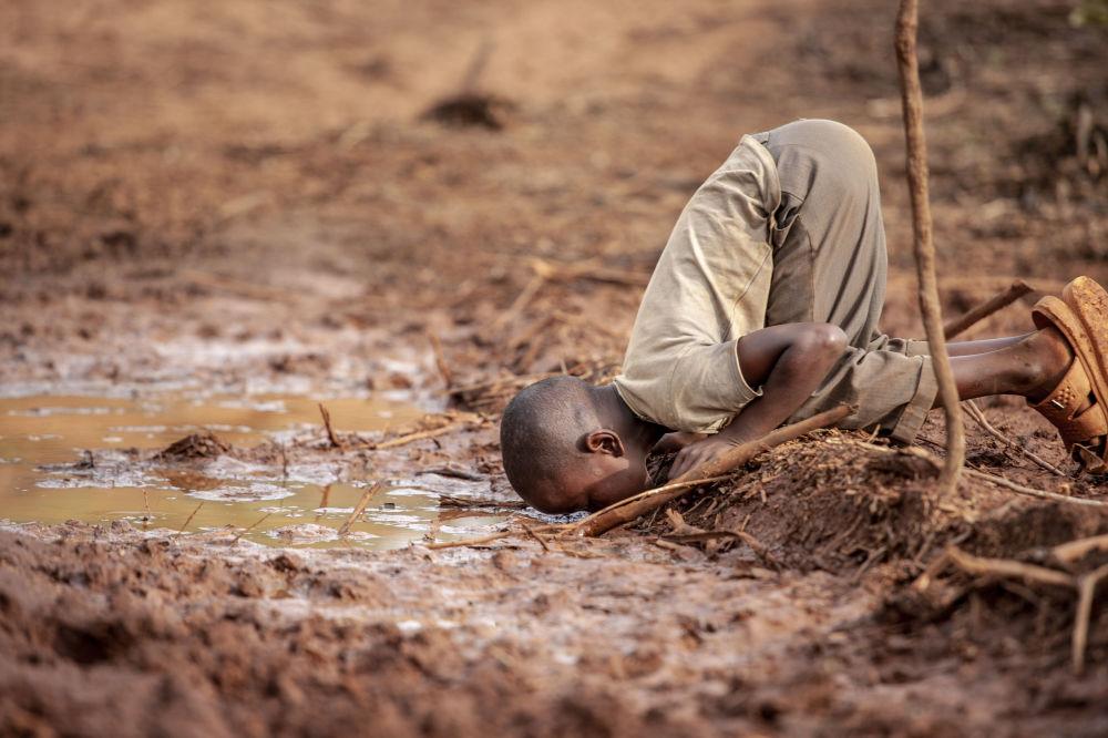 صورة بعنوان ندرة المياه، للمصور فريدريك دهارشي، الحائز على جائزة المياه والمساواة والاستدامة، في مسابقة المصور البيئي لعام 2019