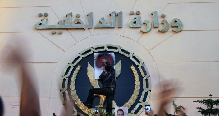 وزير الداخلية المصري الأسبق: رفضت طلب مرسي بمحاكمة ضباط شرطة