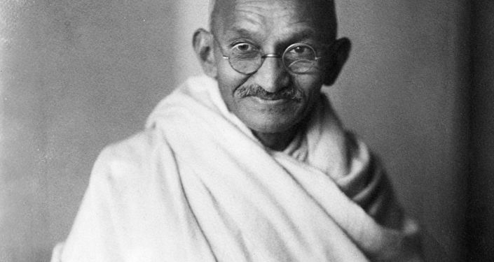 رقم قياسي تحققه نظارات غاندي عند بيعها في مزاد ببريطانيا