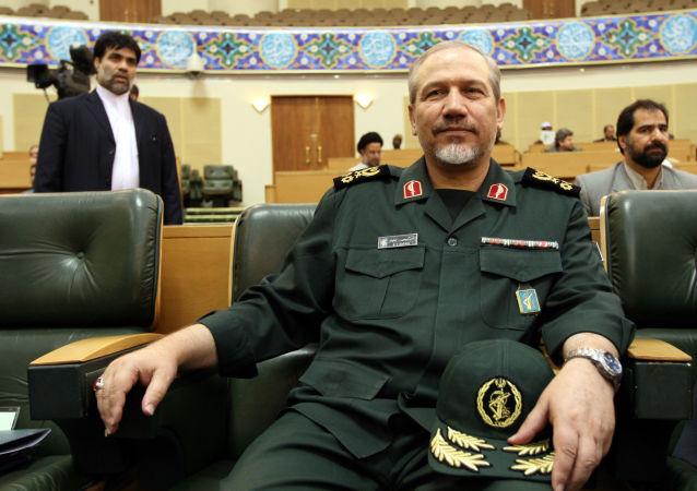 مستشار المرشد الإيراني للشؤون العسكرية اللواء يحيى رحيم صفوي،