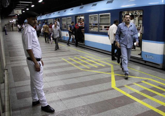 محطة مترو أنفاق في القاهرة - مصر