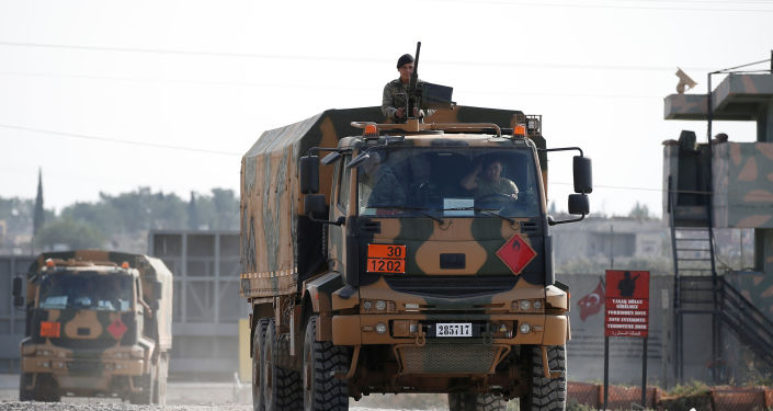 قوات الجيش التركي يعودون من بلدة تل أبيض، الحدود السورية التركية، سوريا، تركيا 21 أكتوبر 2019