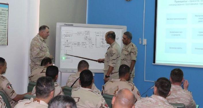 محاضرات تدريبية خلال فعاليات سهم الصداقة بين القوات المسلحة المصرية والروسية