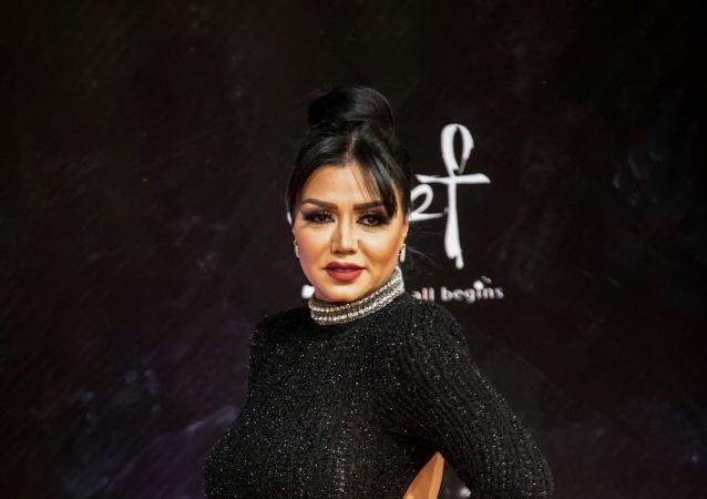 الممثلة المصرية رانيا يوسف في حفل افتتاح مهرجان القاهرة السينمائي الدولي الـ41، 20 نوفمبر/تشرين الثاني 2019