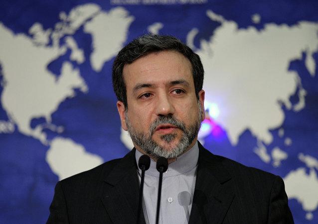 كبير مساعدي وزير الخارجية الإيرانية، عباس عراقجي، 2013