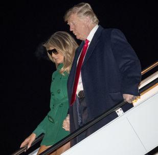 الرئيس الأمريكي دونالد ترامب وزوجته ميلانيا